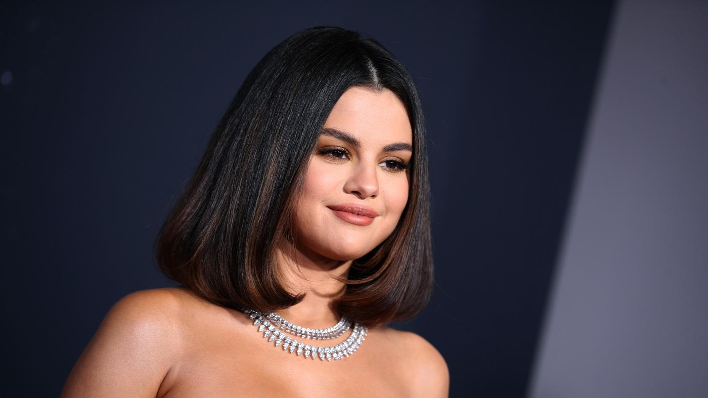 Selena Gomez Explains Why She's Now Open About Her Love Life!