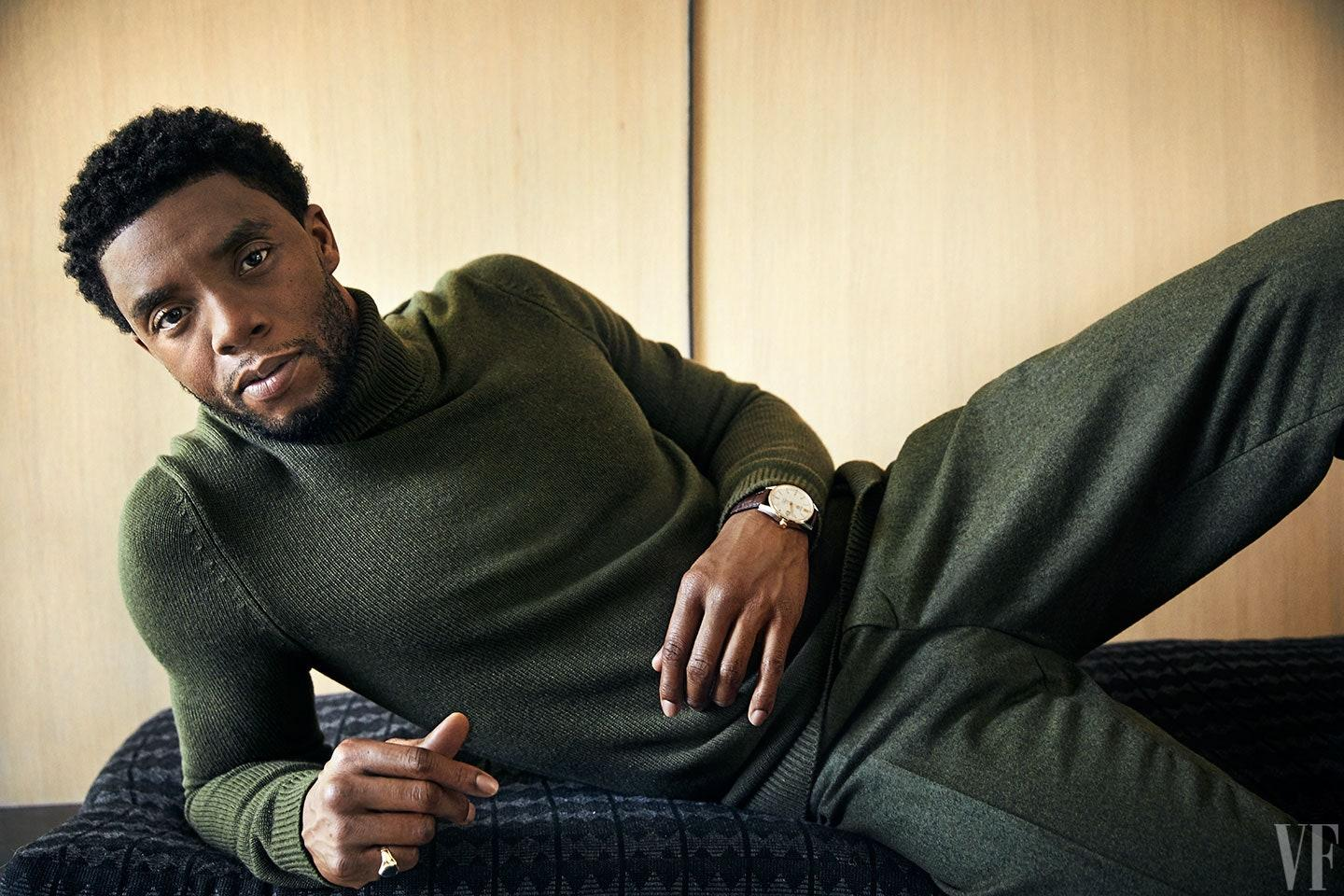 Chadwick Boseman Fans Really Worried After He Gets Photographed Using A Walking Stick Following Extreme Weight Loss Concerns!