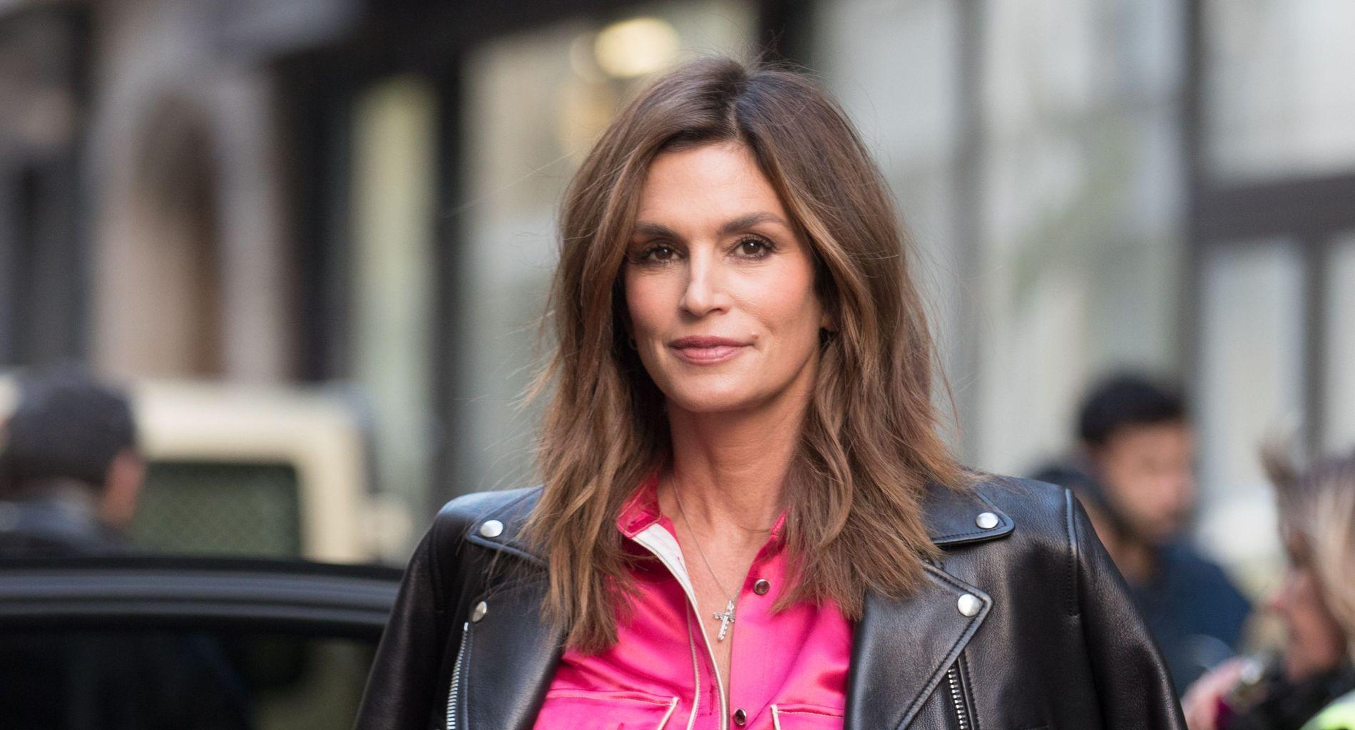 Cindy Crawford Says She Was Asked To Remove Her Iconic Beauty Mark If She Wanted To Make It As A Model!