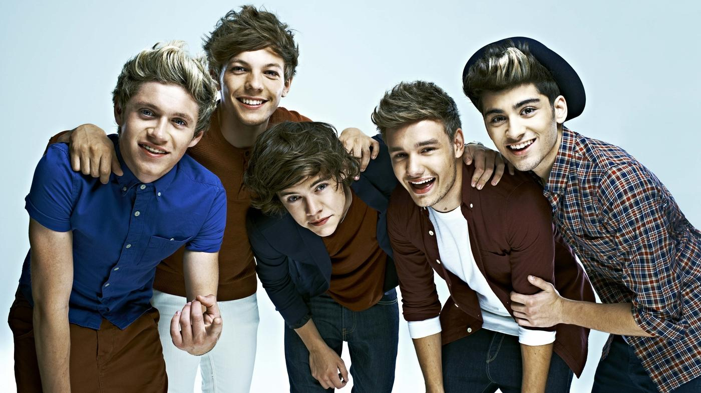Zayn Malik - The Other One Direction Members Are Trying To Get Him On Board For Special 10 Year Anniversary Reunion!