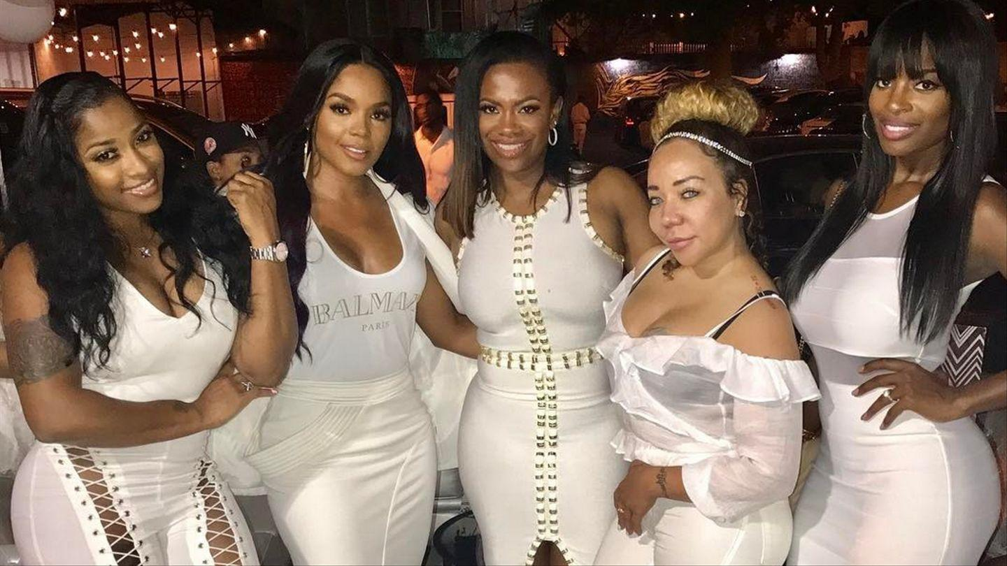 Toya Johnson Steps Out For The First Time In Nine Weeks To Celebrate Her BFF, Kandi Burruss - See The Ladies Having Fun!