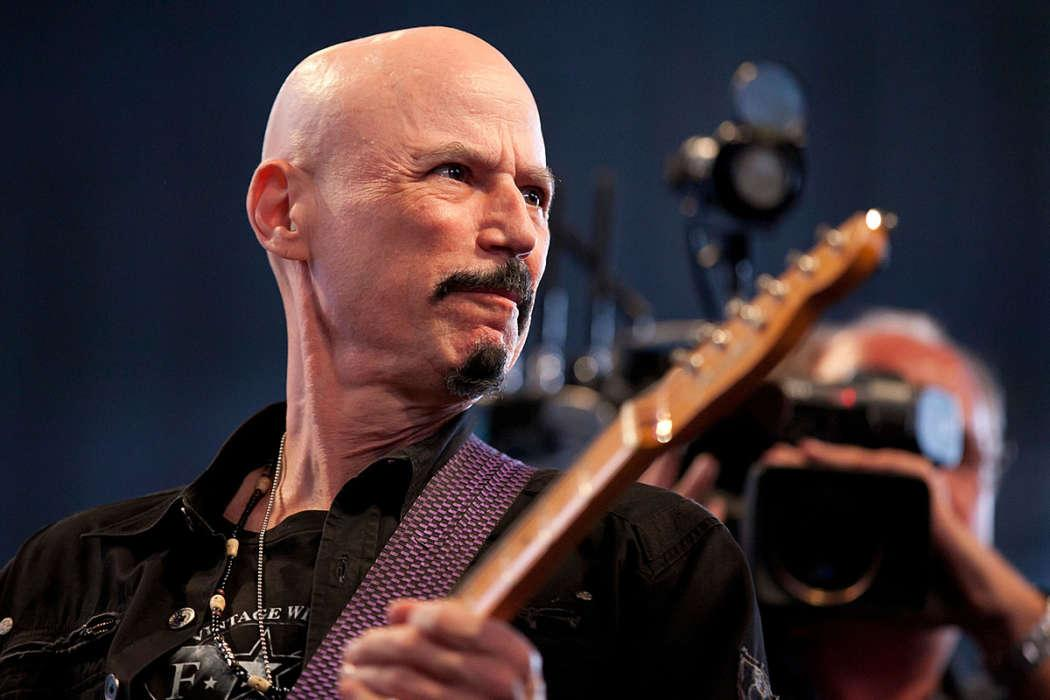 Bob Kulick The 70-Year-Old Part-Time Guitarist For Kiss Passes Away
