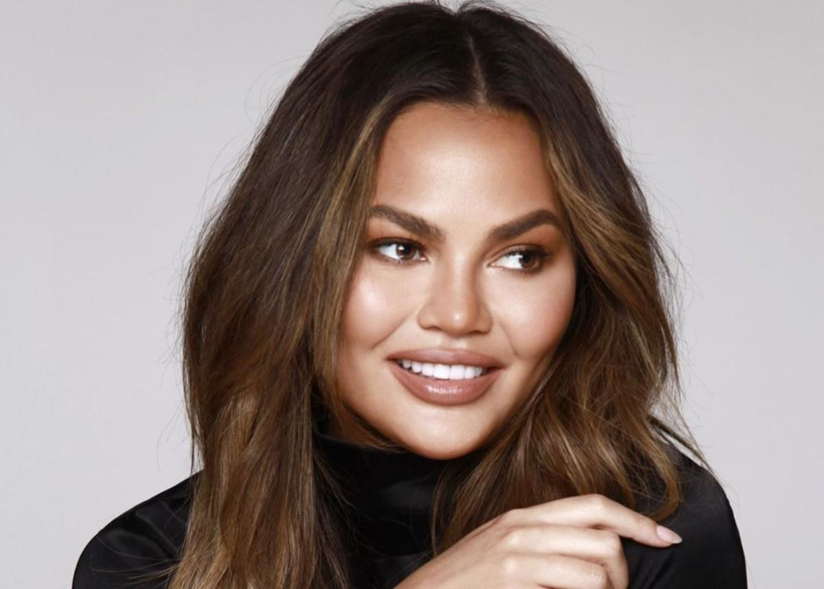 Chrissy Teigen Takes A Break From Social Media After Battling It Out With Alison Roman