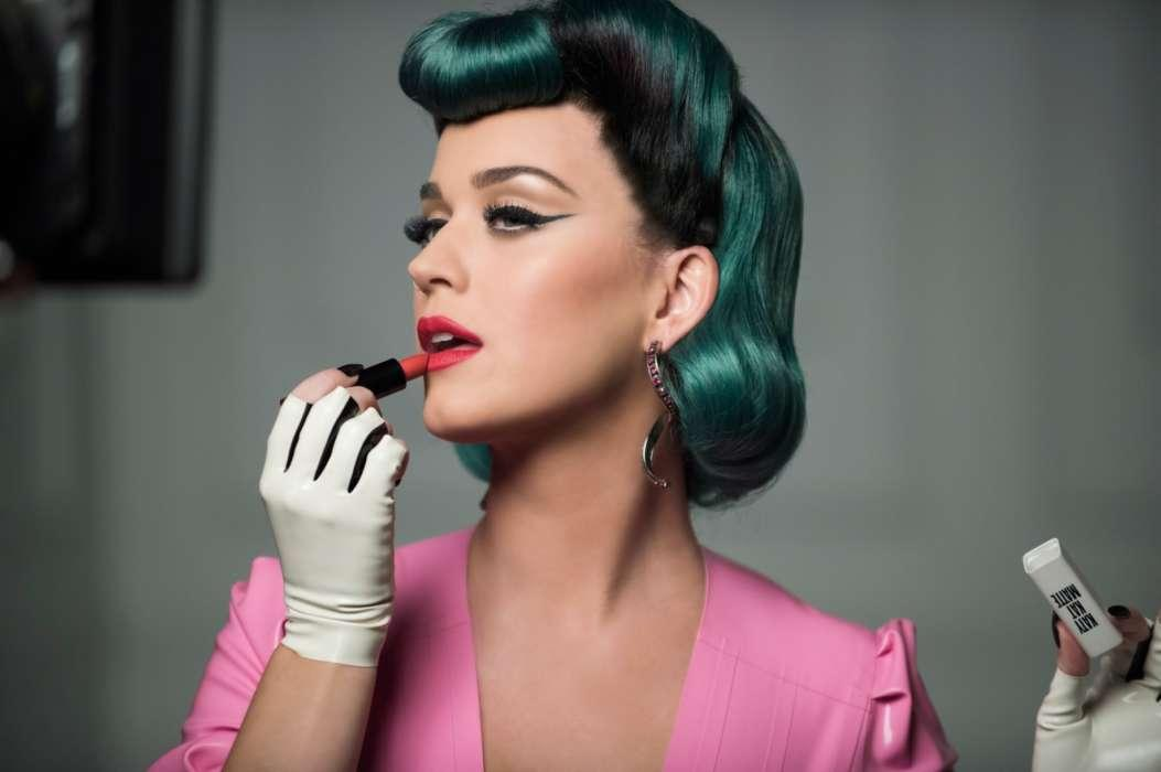 Katy Perry Says The Relative Commercial Flop Of 2017's Witness Impacted Her Mental Health