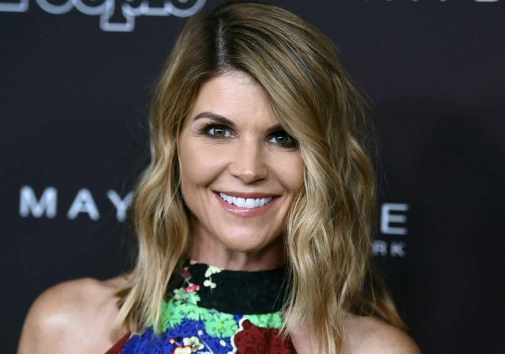 Lori Loughlin's Guilty Plea Not Accepted By Judge, As Legal Experts Predict She Might Not Spend Any Time Behind Bars Because Of COVID-19