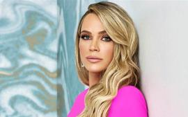 RHOBH - Teddi Mellencamp Shows Off New Pink Hair After Welcoming Baby Number Three