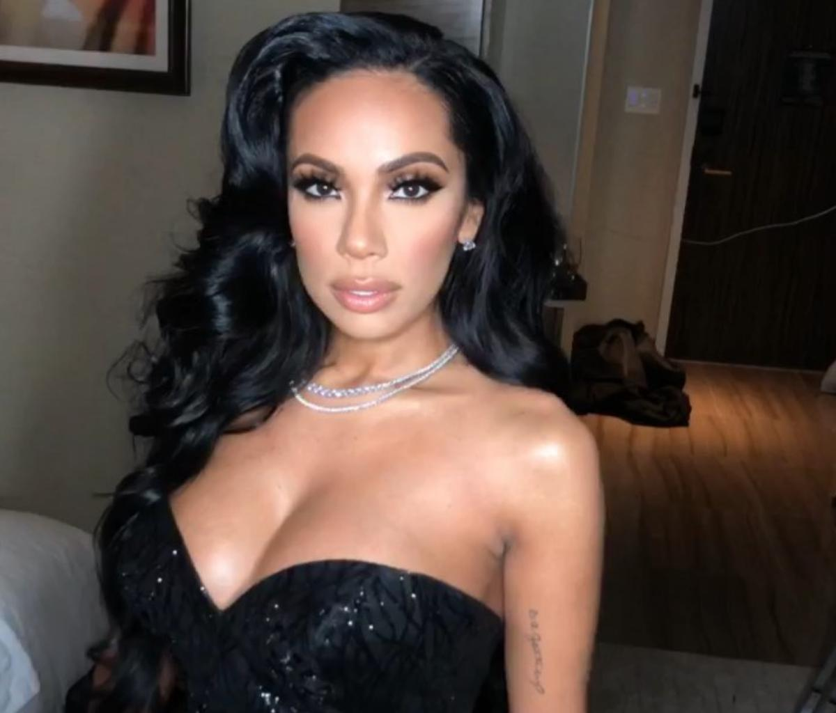 Erica Mena Is Apologizing To Her Fans - Find Out The Reason In This Video