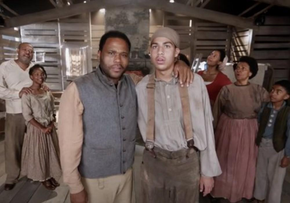 ABC Re-Aired Two Episodes Of Black-ish On Blackout Tuesday That Focused On Police Brutality And Slavery