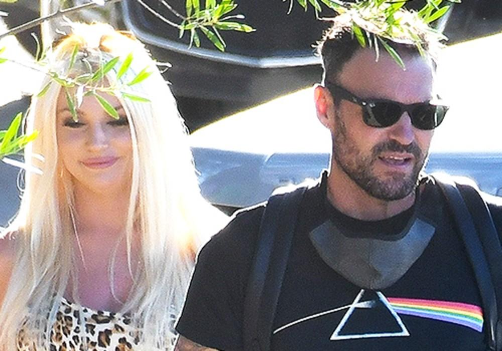 Brian Austin Green Spotted With Courtney Stodden As Megan Fox Packs On The PDA With Machine Gun Kelly