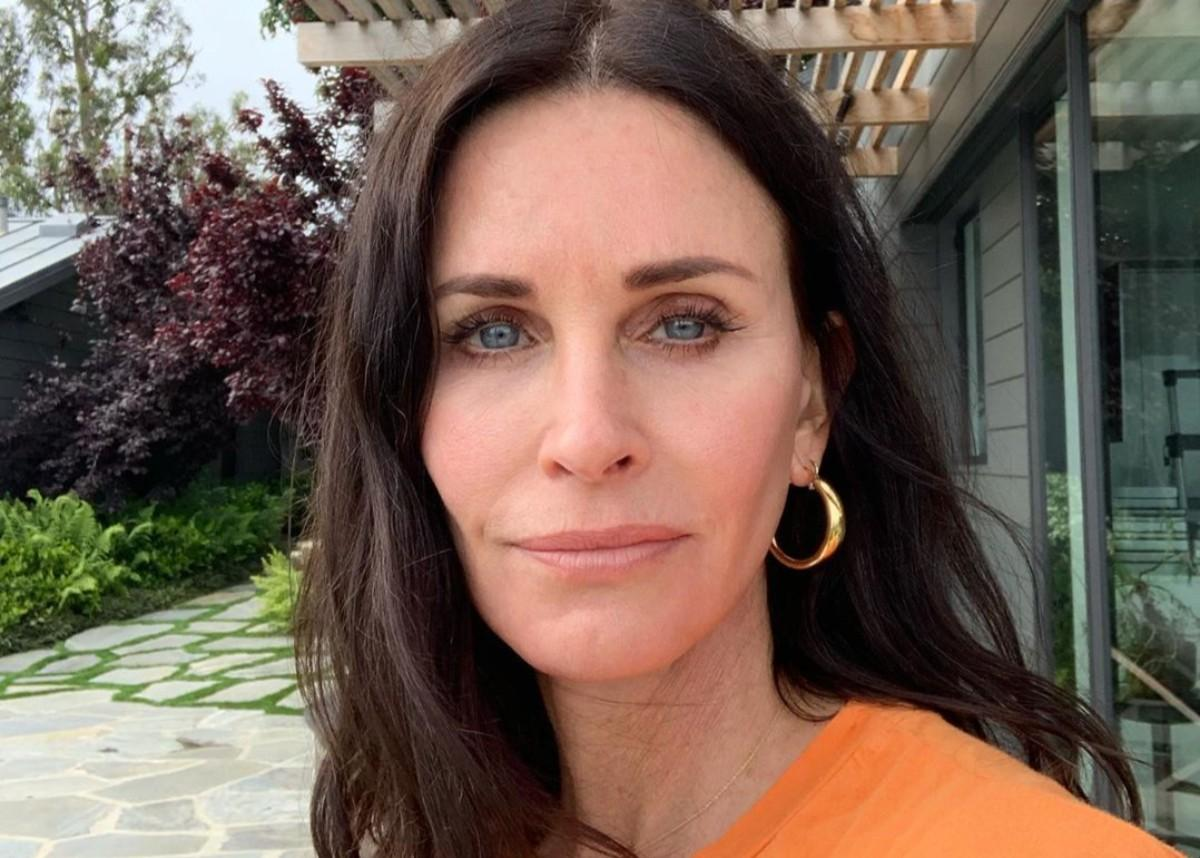 Courteney Cox Shows Off Her Incredible Beach Body As She Celebrates Her 56th Birthday