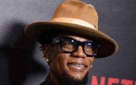 D.L. Hughley Collapses On Stage Mid-Joke During A Set At Nashville Comedy Club, Tests Positive For COVID-19