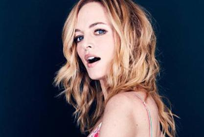 Heather Graham Stuns In Two Piece Bathing Suit — Fans Can't Believe She's 50!