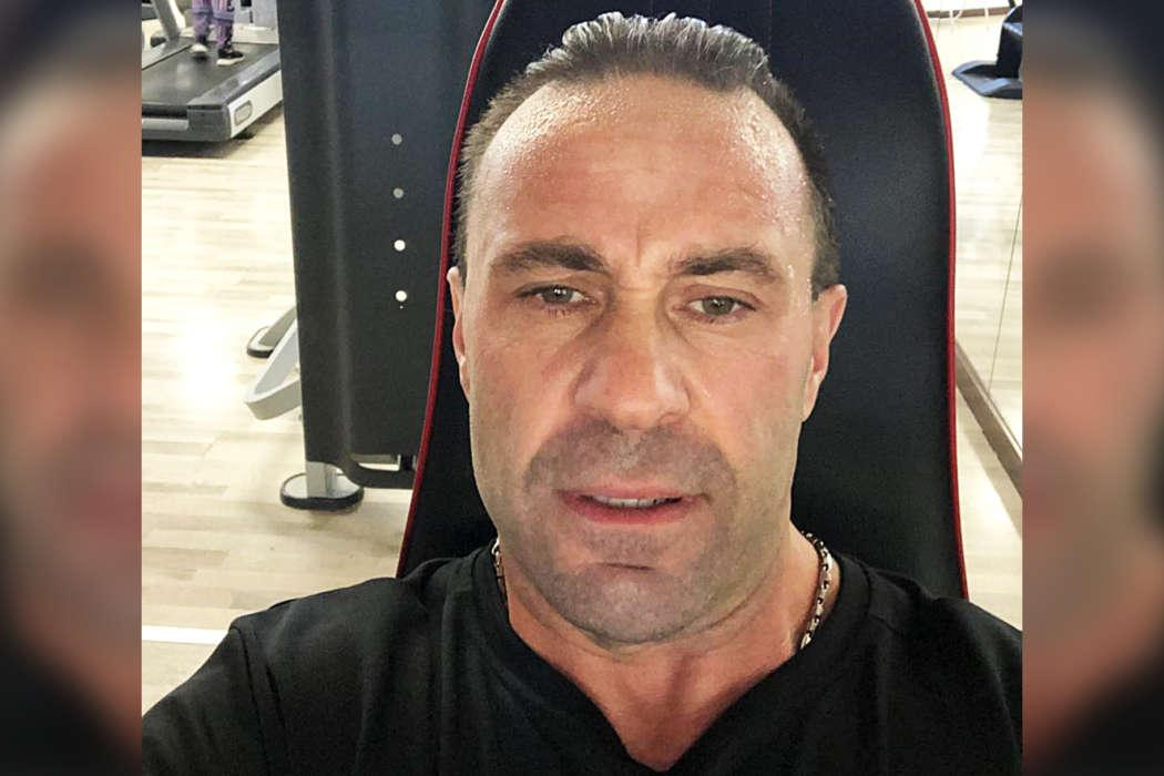 Joe Giudice Says That Pole Dancing Is A 'Fine Job' After Online Trolls Slam His Daughters