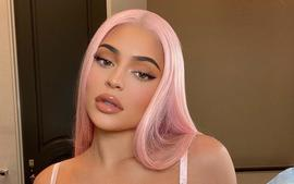 Kylie Jenner Stuns In Agent Provocateur Bra