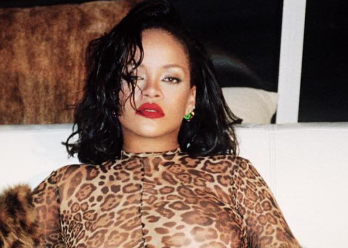 Five Times Rihanna Broke The Internet With Her Curves