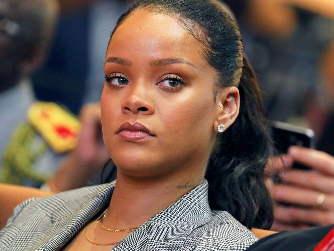 Rihanna Demands Justice For Breonna Taylor - Says Her Killers Are Just 'At Home Watching Netflix' More Than 100 Days After Her Death!