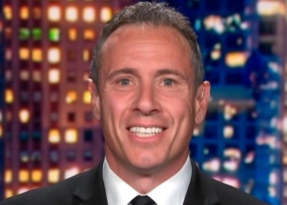 Did Chris Cuomo Photobomb His Wife's Yoga Video In The Buff?