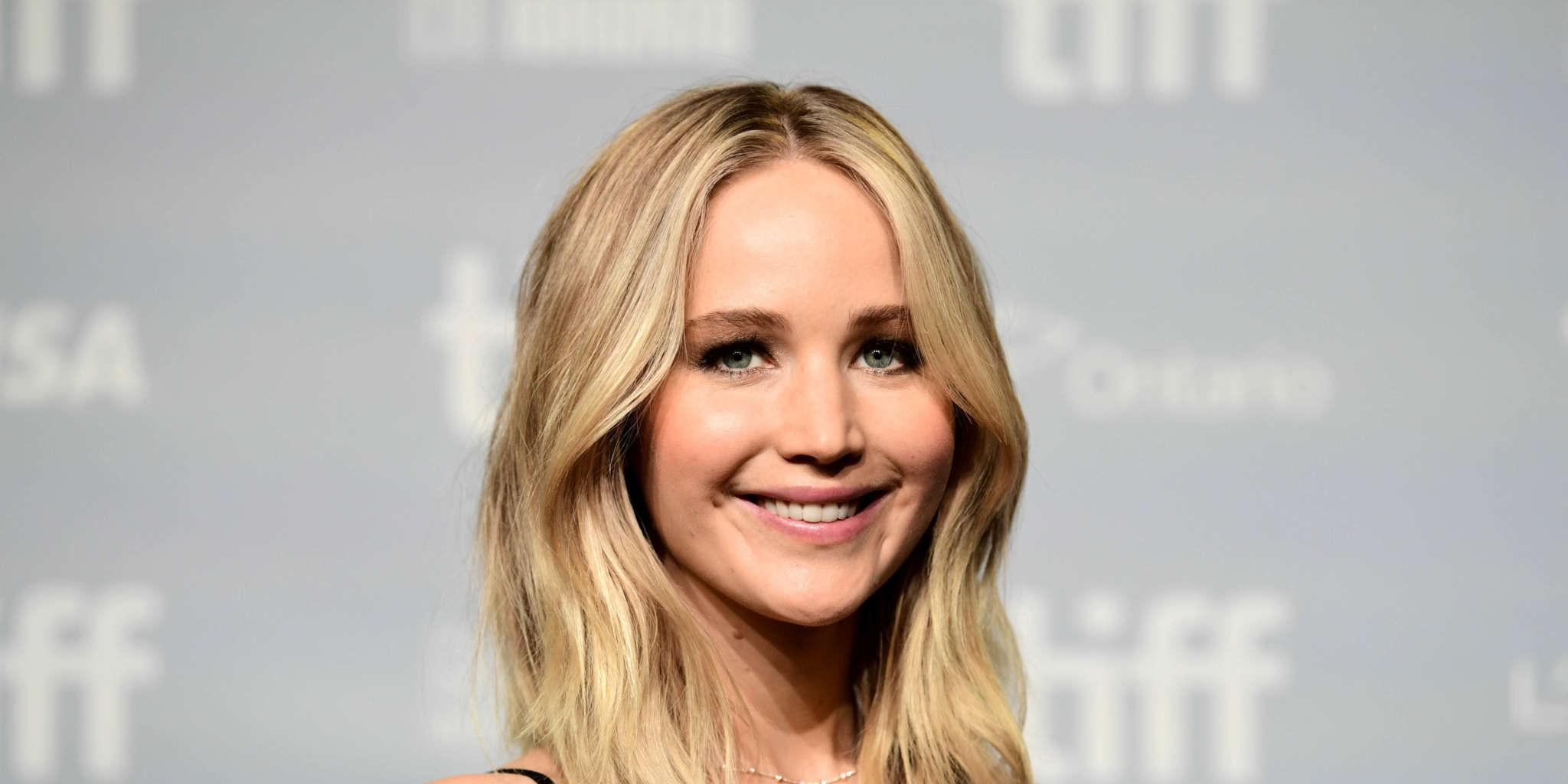 Jennifer Lawrence Creates Twitter Account To Show Support To BLM Despite Vowing To Never Be On Social Media!