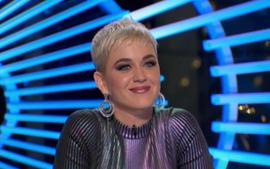 Katy Perry Looks Gorgeous In Dolce And Gabbana Bathing Suit