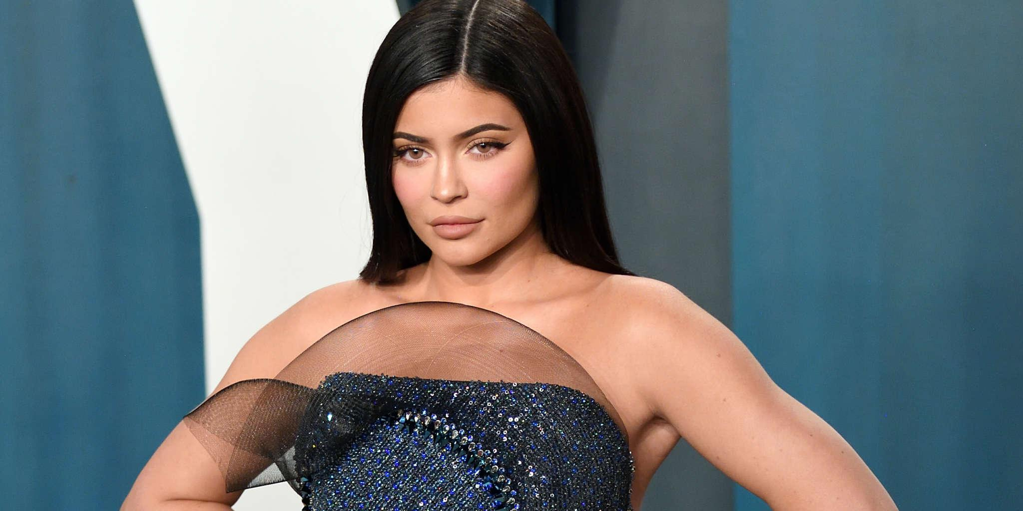 KUWK: Kylie Jenner Reveals 13% Of Kylie Cosmetics Employees Are Black And Fans Criticize Her - 'Do Better!'