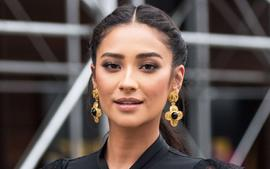 Shay Mitchell Talks Pretty Little Liars Reunion -- Says She Would Say Yes To A Movie!