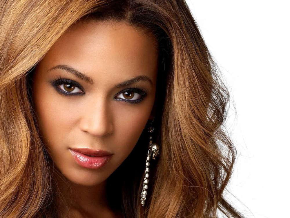 Beyonce's Mom Tina Knowles Urges Congress To Pass HEROES Act