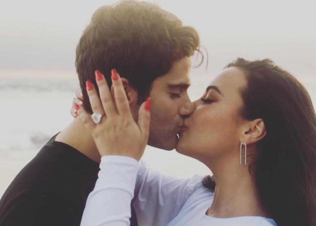 Demi Lovato And Max Ehrich Are Engaged! See Her Engagement Ring!