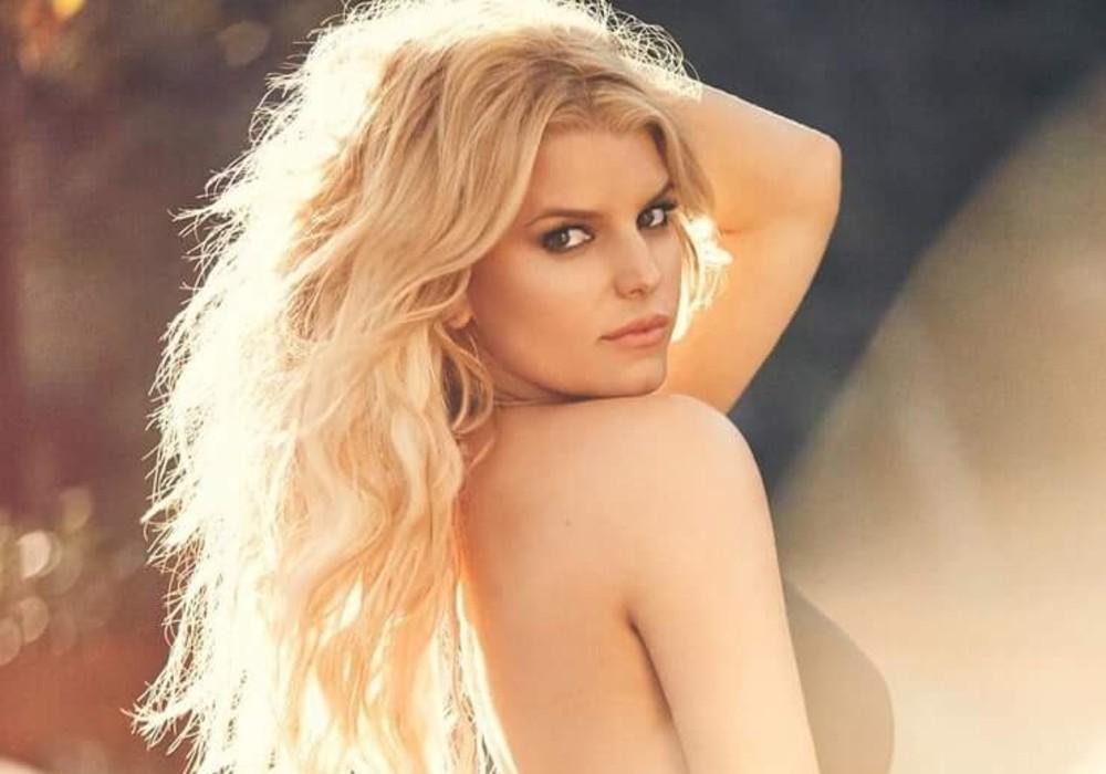Jessica Simpson Looks Incredible As She Celebrates Turning 40 By Rocking A 14-Year-Old Pair Of Jeans