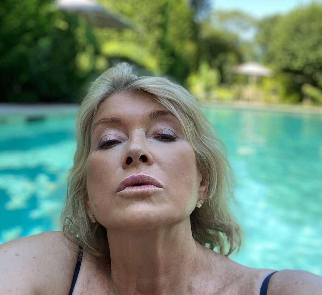 Martha Stewart Says She Got 14 Proposals On The Day She Posted That Sultry Pool Pic!