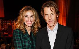 Julia Roberts Posts Rare Pic Of Her And Hubby Daniel Moder To Mark 18 Years Of Happy Marriage!