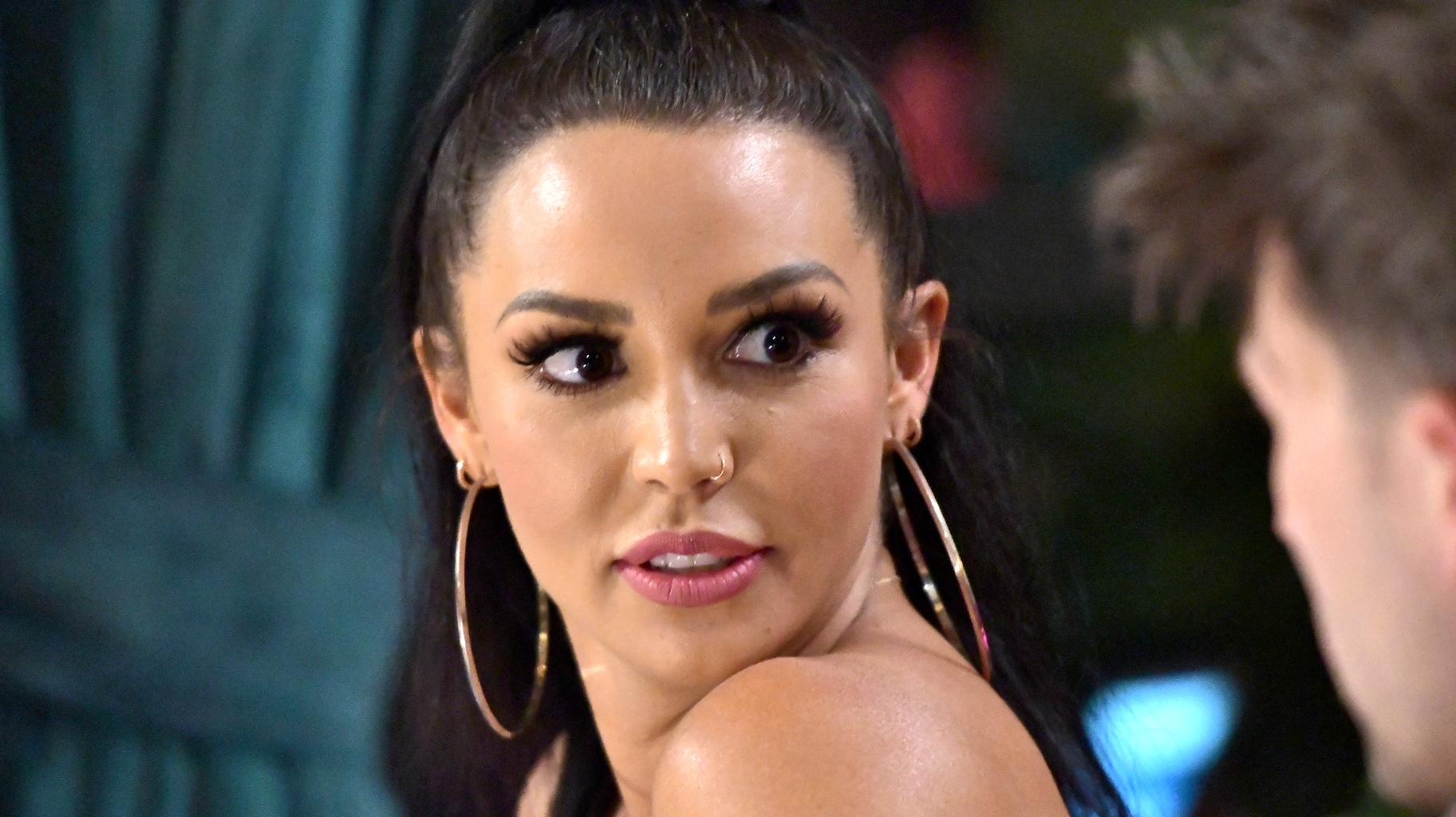 Scheana Shay Goes Too Far With The Self-Tanner? - Claps Back At People Accusing Her Of 'Blackfishing' In New Pic!