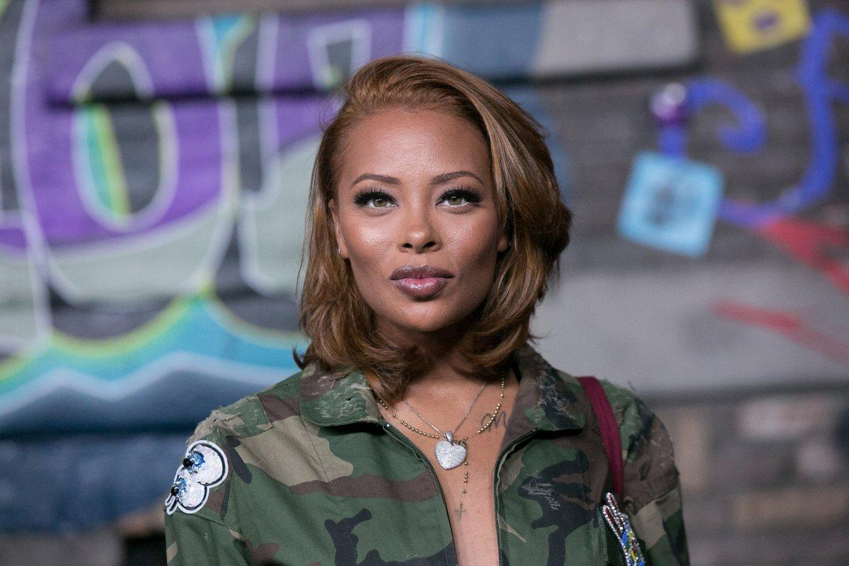 Eva Marcille Shows Off A New Look: 'Royalty Mood'