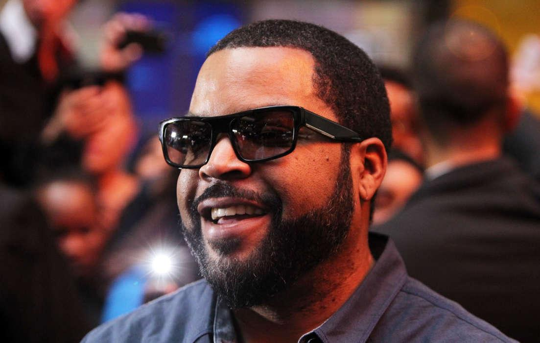 Ice Cube Asks 'What's In It For Black People' Amid Closure Of Democratic National Convention