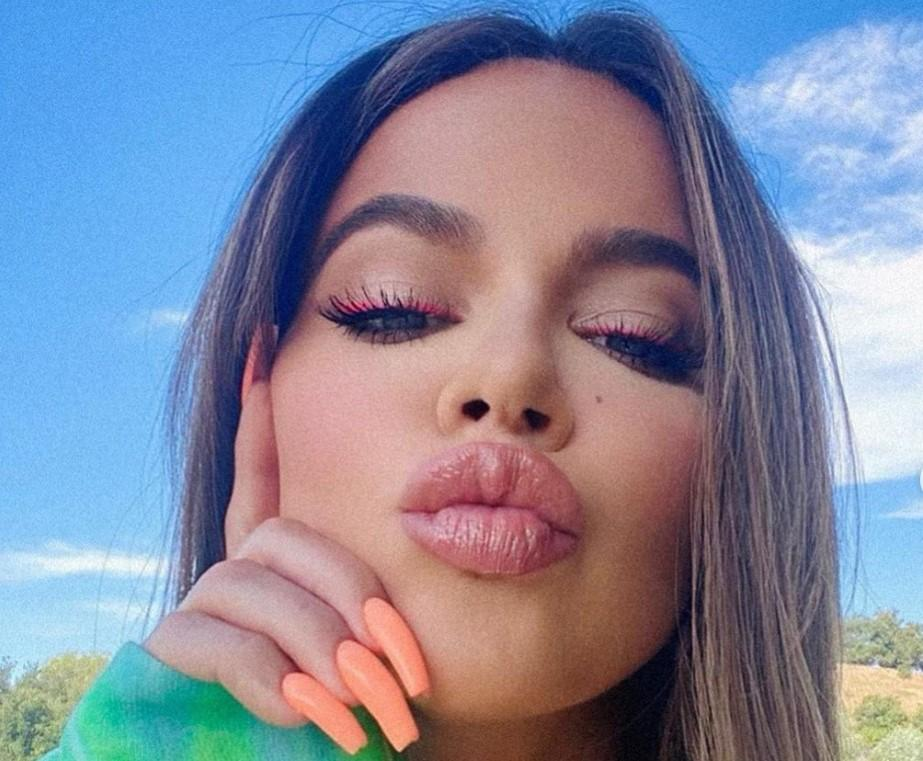 """Khloe Kardashian Tells Hater On Instagram: """"Be Nice Or Be Grounded,"""" Fans Say """"It Was a Valid Question"""""""