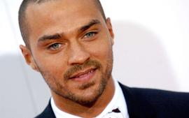 Jesse Williams Debuts Huge Angel Wings Tattoo And Fans Love It - Check Out His Shirtless Pic!
