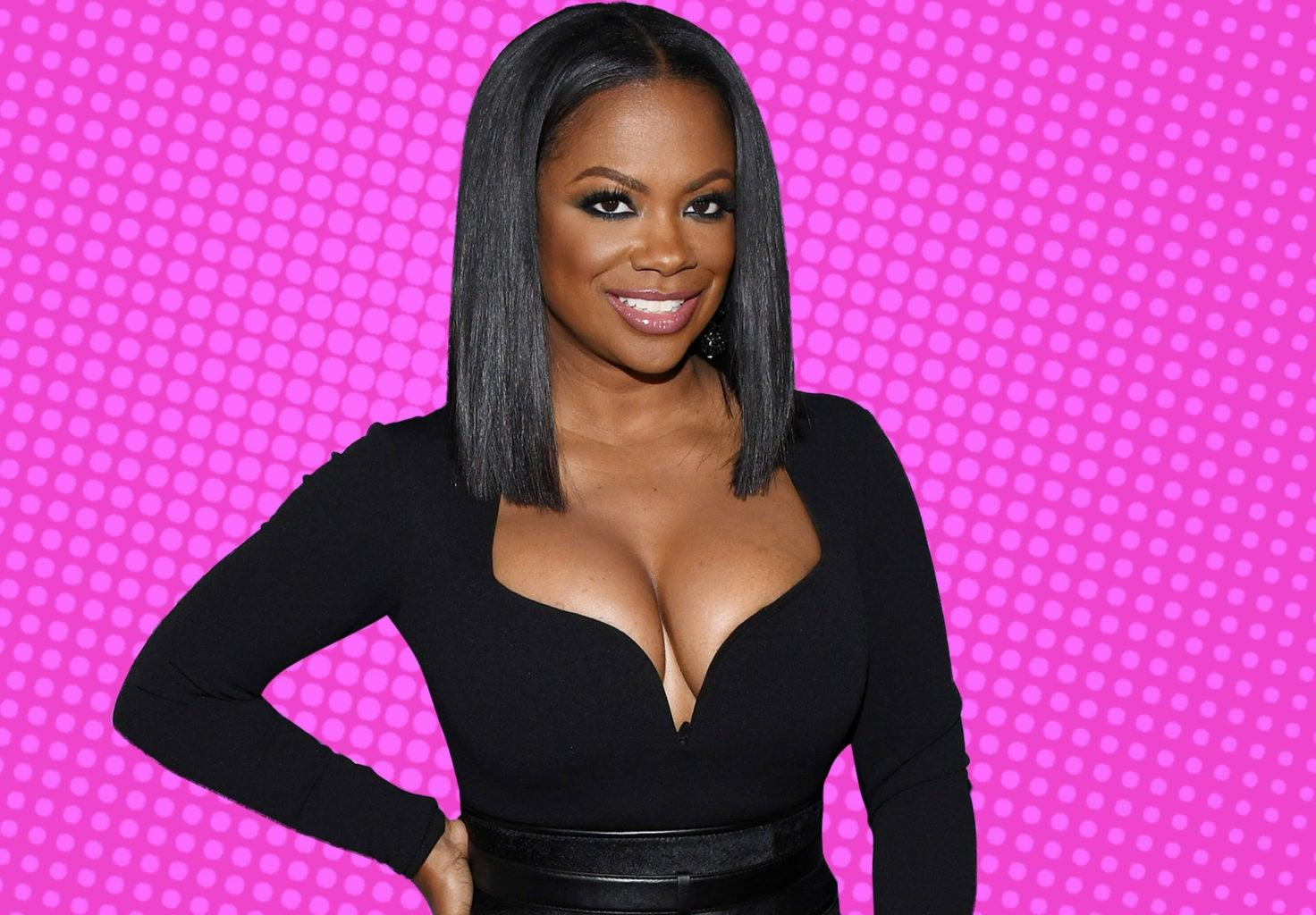 Kandi Burruss Celebrates Reaching 8 Million Followers On IG With A Hilarious Video Of Her Twerking On The Kitchen Counter!