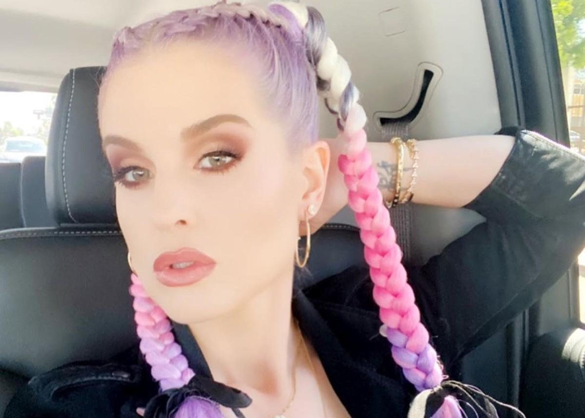 Kelly Osbourne Compares Herself To Pippi Longstocking In New Photos Of The Slimmed-Down Beauty