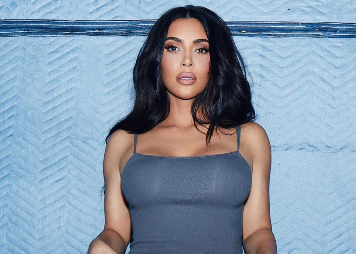 Kim Kardashian Takes Off To Mexico After Kanye West Returns To Los Angeles