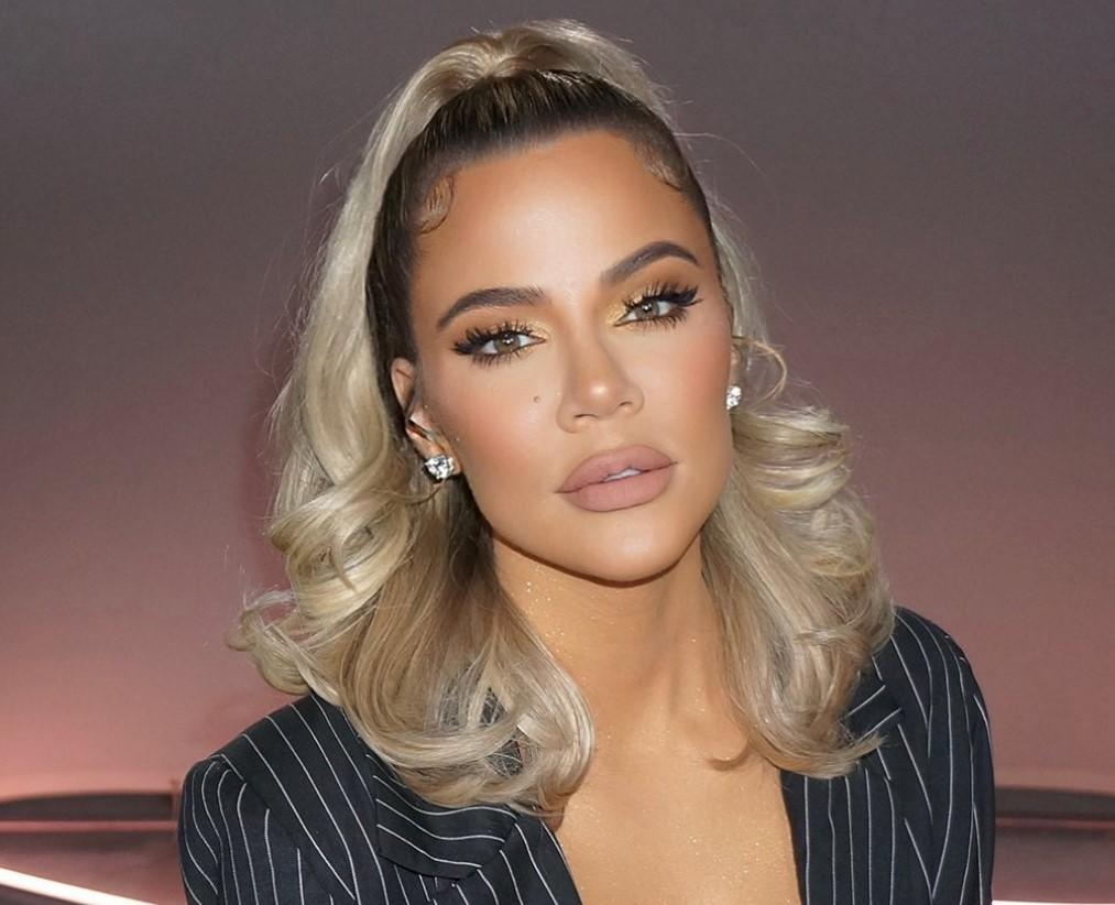 'KUWTK' Viewer Calls Out Khloe Kardashian For Having Her Photo Edited on Instagram - The Side-By-Side Photos Are Painful To Watch