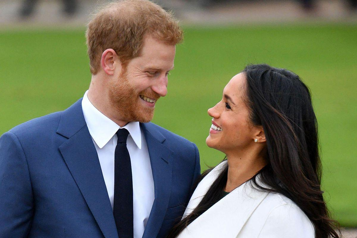 Meghan Markle And Prince Harry Reportedly 'Almost Obsessed With Each Other' On The First Meeting - Details!