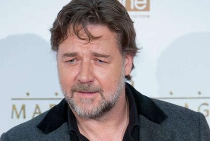 Russell Crowe Donates Money To Help Fan Pay For Acting Education