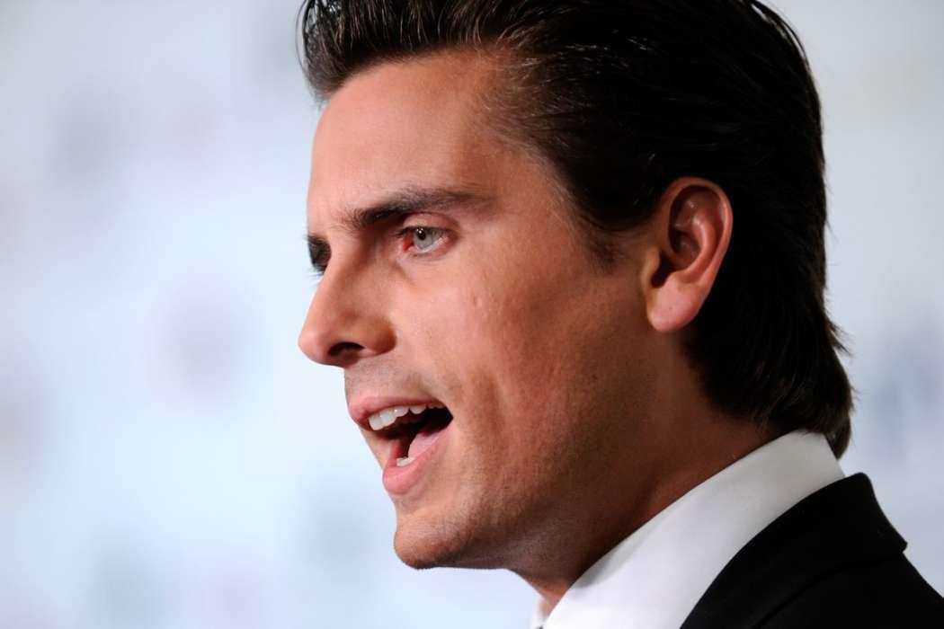 Scott Disick Says He No Longer Trusts Anyone After Photos Of His Rehab Stay Were Shared With News Outlets