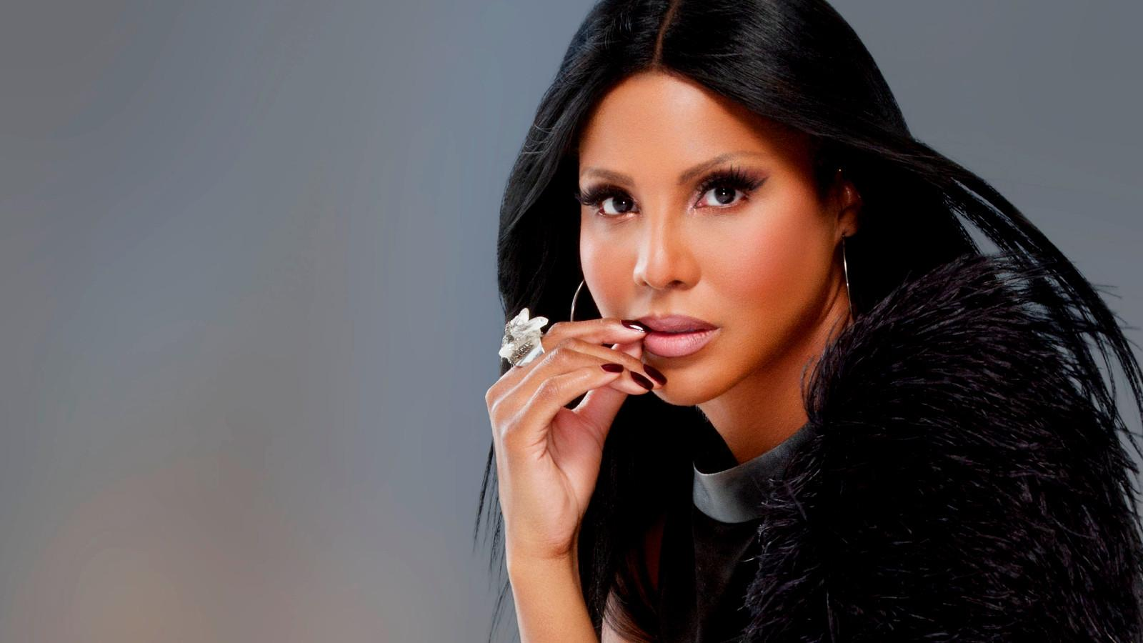 Toni Braxton Drops New Music Today - Check Out Some Samples And Watch The Video