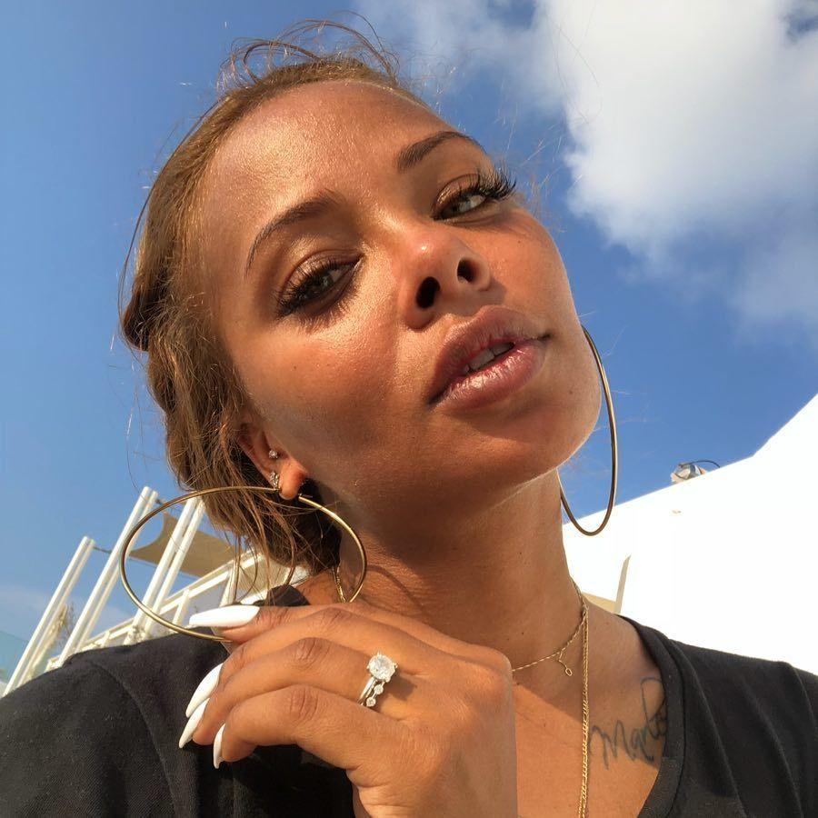 Eva Marcille Shows Fans That Less Is More, Flaunting Her Bare Face And Natural Beauty