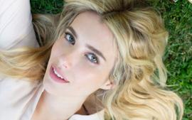 Emma Roberts Has That Pregnancy Glow As She Shows Off Her Growing Baby Bump