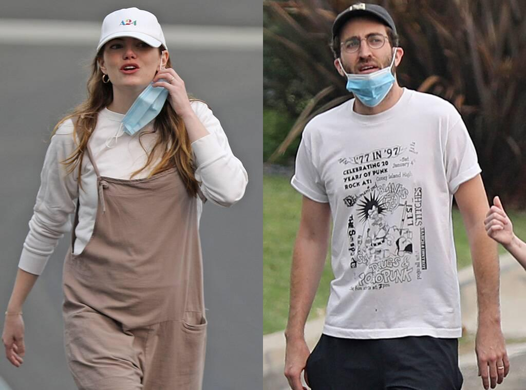 Emma Stone And Dave McCary Married In Secret? - Fans Are Convinced After Seeing Their Matching Rings!