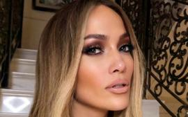 Jennifer Lopez Wears Tory Burch In Beautiful Labor Day Family Photo With Alex Rodriguez
