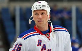 Former NHLer Sean Avery Feuding With Alexandra Cooper Over Apartment Construction Project