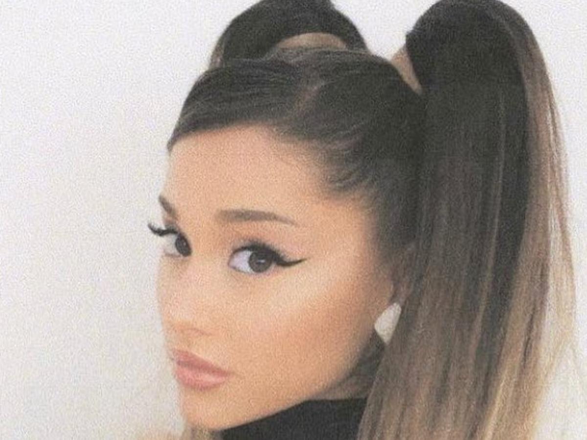 Ariana Grande Is Magnificent In Mugler Mini Skirt And Corset Top— See The Look