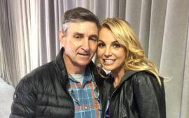 Jamie Lynn Spears Updates Fans On How Sister Britney Spears Is Doing Amid 'Challenging Year'